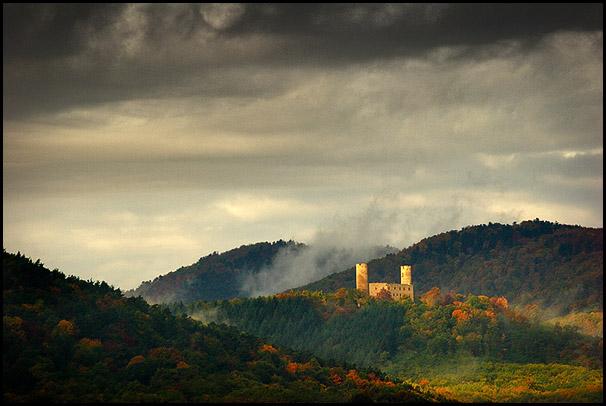 Chateau d'Andlau en automne