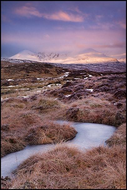 Montagne An Teallach avec ruisseau gele, Dundonnell, Wester Ross, Highlands, Scotland