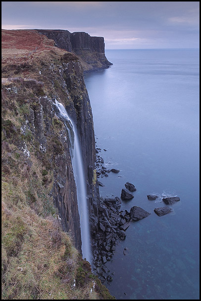 Chute d'eau Kilt Rock, Staffin, Isle Of Skye, Scotland